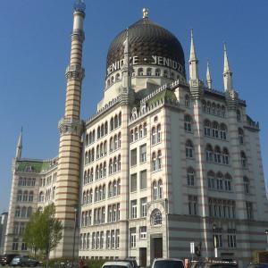 Yenidze unter Top-Ten Sehenswürdigkeiten Dresdens